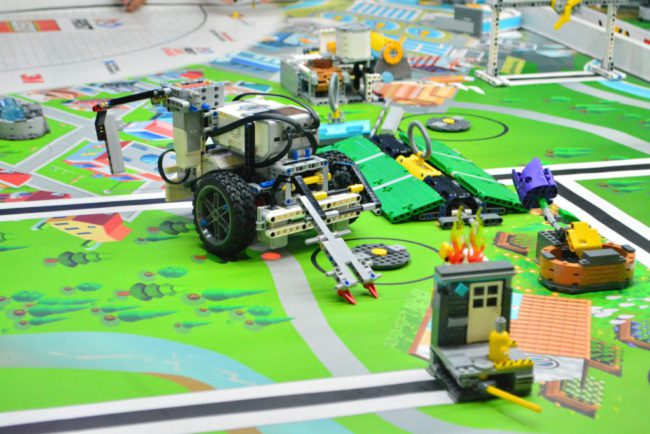 what-can-your-kids-learn-from-robotics