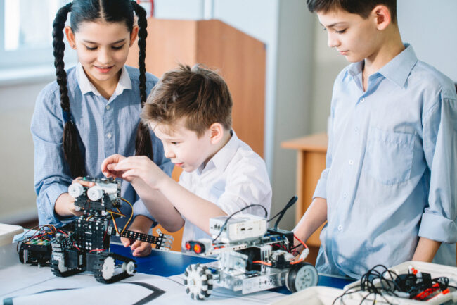 Robotics-competitions-for-kids